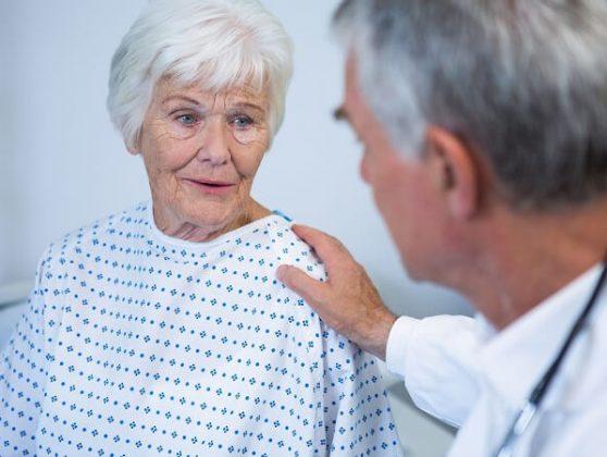 Выезд психиатра к пожилому человеку