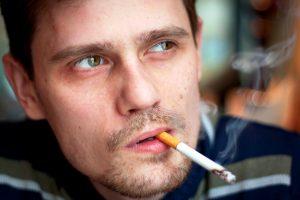 Курение снижвет эффективность клозапина