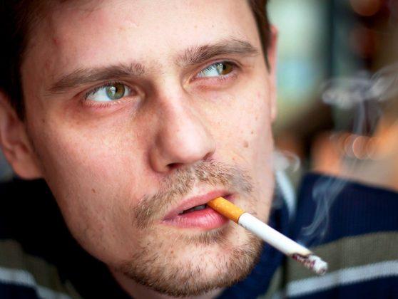 Как курение влияет на успех лечения клозапином резистентной шизофрении